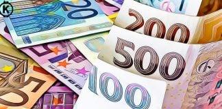ceska koruna vs. euro - v krize prepad
